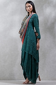 Green Layered Kurta With Printed Scarf by Ritu Kumar