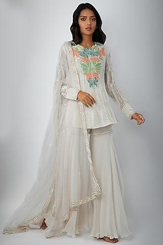 Ivory Embroidered Kurta Set by Ritika Mirchandani