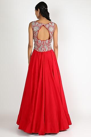 Red Embroidered Flared Lehenga Set by Mrunalini Rao