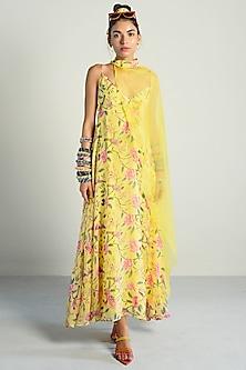 Yellow Printed & Embroidered Kurta With Cape by Rishi & Vibhuti Pret