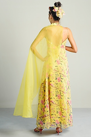 Yellow Printed & Embroidered Kurta With Cape by Rishi & Vibhuti Pret