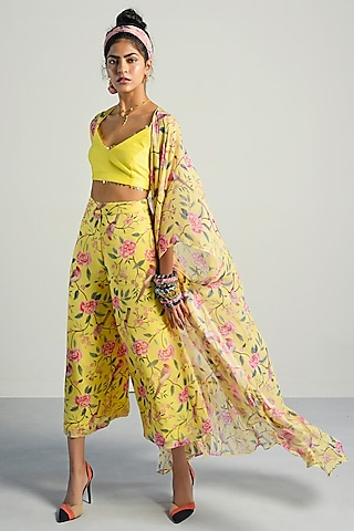 Yellow Printed Cape Set by Rishi & Vibhuti Pret