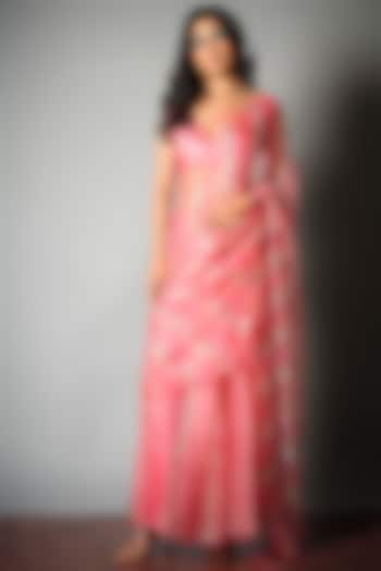 Pink Tie-Dye Saree With Attached Blouse Piece by Saksham and Neharicka