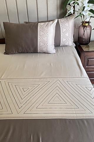 Beige Cotton Bedsheet Set by SADYASKA