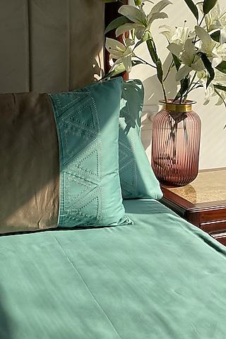 Turquoise Cotton Bedsheet Set by SADYASKA