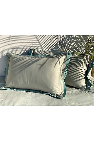 Green Cotton Bedsheet Set by SADYASKA