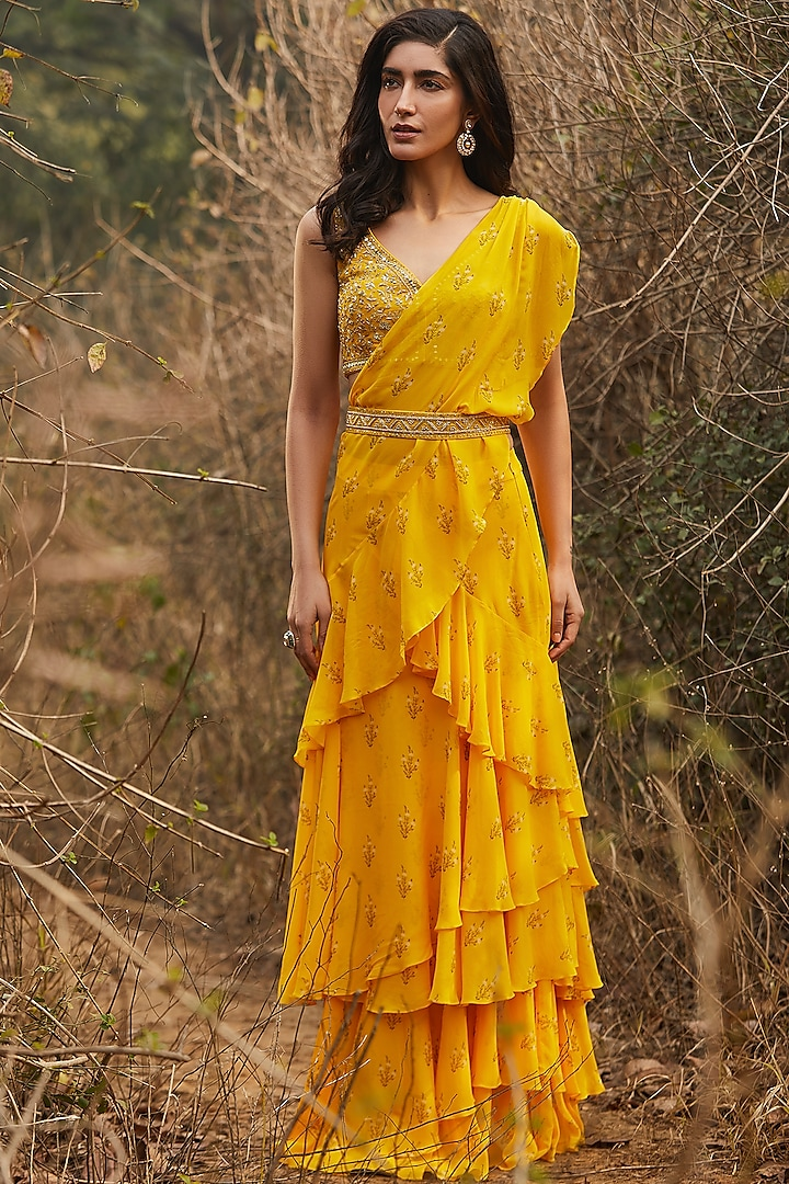 Yellow Hand Embroidered Pre-Stitched Saree Set by Sana Barreja