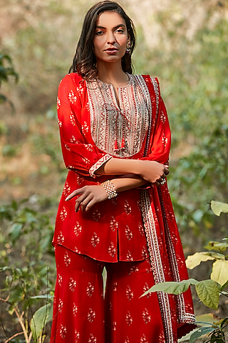 Red Hand Embroidered Kurta Set by Sana Barreja