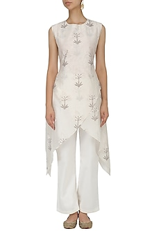 White Block Print High Low Kirta and Palazzo Pants Set by Samant Chauhan
