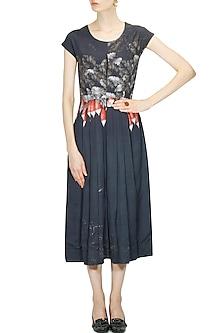 Charcoal grey raddish printed pleated dress by Sneha Arora