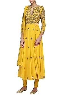 Yellow Embellished Anarkali Set by Samatvam By Anjali Bhaskar