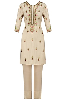Cream and Gold Thread Embroidered Kurta and Pants Set by Samatvam By Anjali Bhaskar