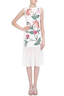 White Floral Embroidered Drop Waist Dress by Samatvam By Anjali Bhaskar