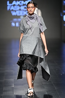 Grey Striped Asymmetric Top by Sayantan Sarkar