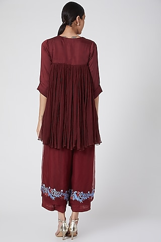 Maroon Embroidered Tunic Set by Siyona By Ankurita