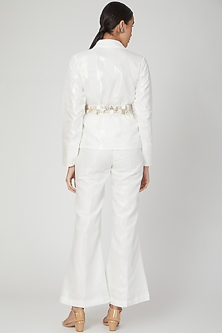 White Pleated Shirt With Pants & Embroidered Belt by Siyona By Ankurita