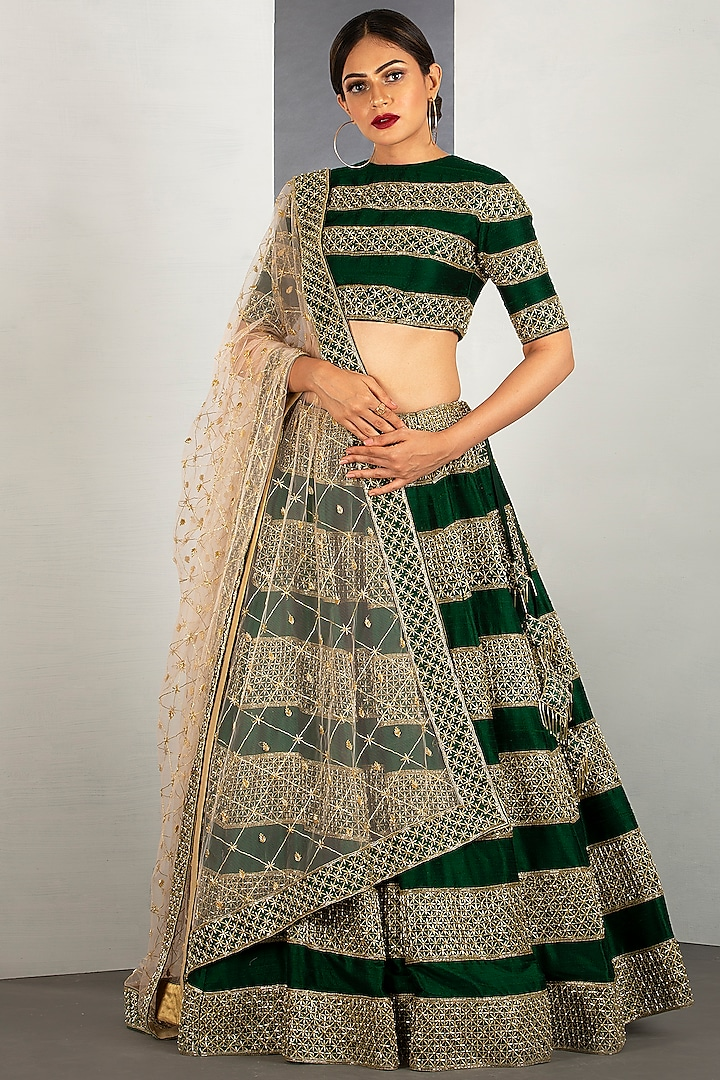 Dark Forest Green Embroidered Lehenga Set by Siyaahi by Poonam & Rohit