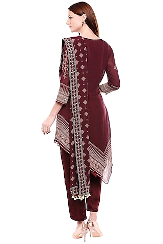 Maroon Embroidered & Printed Kurta Set by Soup by Sougat Paul