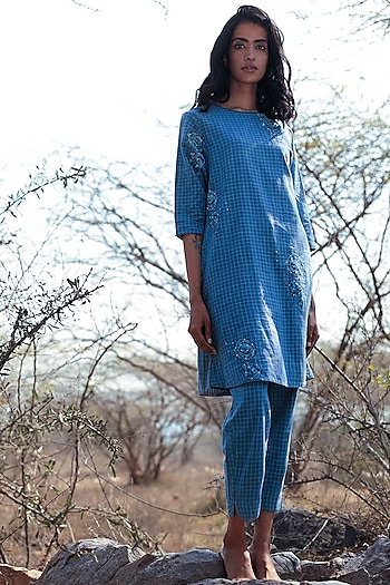 Blue Embroidered Tunic Set by Shorshe Clothing