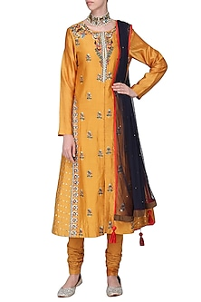 Mustard Embroidered Kurta Set by Samant Chauhan
