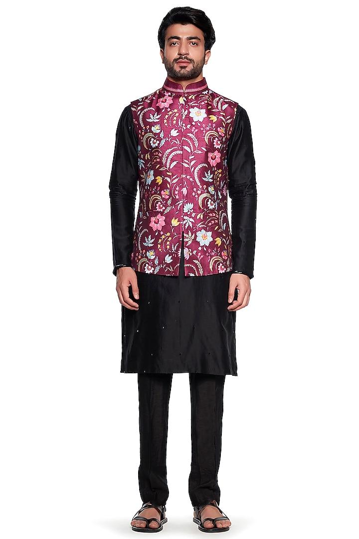 Maroon Dupion Bundi Jacket by Siddhartha Bansal Men