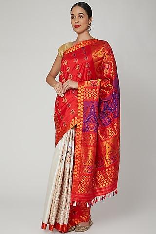 Red & White Woven Handloom Saree Set by Sanjukta Dutta