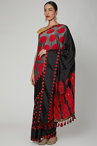 Black & Grey Handloom Saree Set by Sanjukta Dutta
