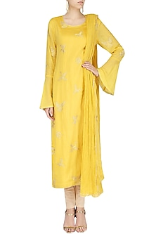 Yellow Spunsilk Embroidered Kurta and Dupatta by Shirrin Design Co.