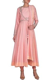 Pink Embroidered Kurta Set by Shilpi Gupta Surkhab