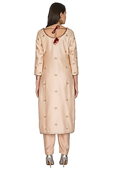 Pink Floral Embroidered Kurta Set by Shasha Gaba