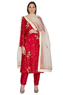 Watermelon Red Embroidered Kurta Set by Shasha Gaba