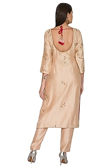 Pink Embroidered Kurta Set by Shasha Gaba