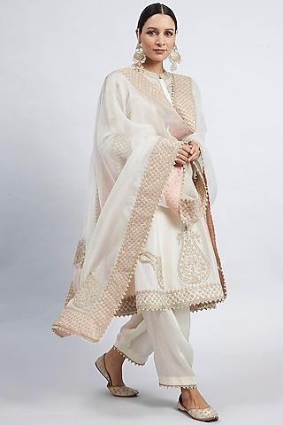 Daisy Ivory Embroidered Kurta set by Sheetal Batra