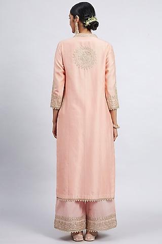 Carnation Pink Embroidered Kurta Set With Side Pockets by Sheetal Batra