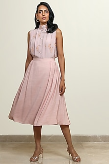 Peach Flared & Pleated Skirt by Shiori