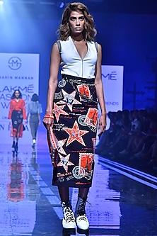 Navy Blue Pencil Skirt With Embroidery by Shahin Mannan-LAKMÉ FASHION WEEK S/R '20