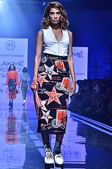 Navy Blue Pencil Skirt With Embroidery by Shahin Mannan