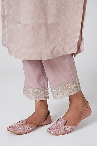Blush Pink Embroidered Juttis by Show Shaa