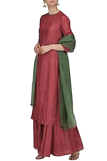 Red Rhombus Embroidered Kurta with Lehenga Skirt Set by Shasha Gaba
