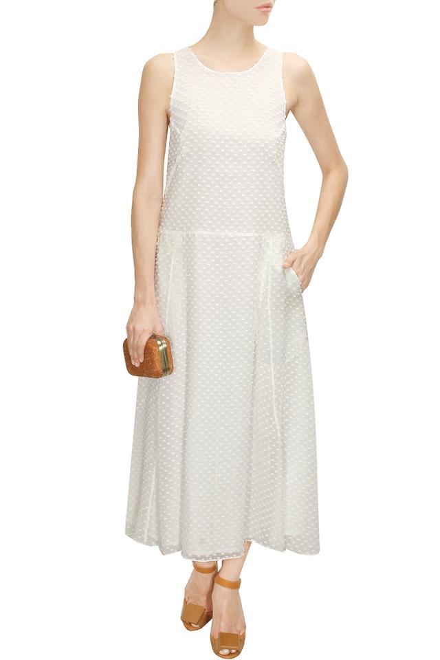 White signature print midi dress by Shift By Nimish Shah