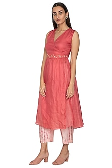 Coral Wrap Tunic With Embroidered Belt by Shiori
