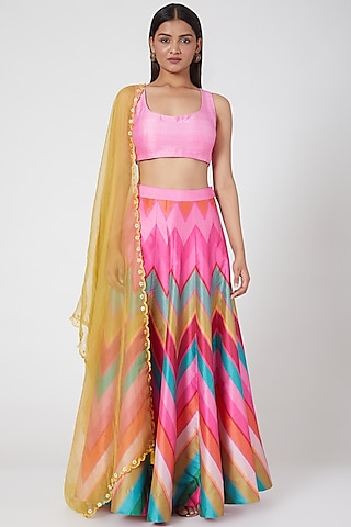 Pink Embroidered Lehenga Set by SIDDHARTHA BANSAL