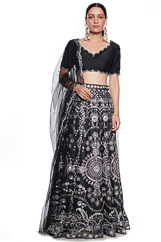 Black Embroidered Lehenga Set by SIDDHARTHA BANSAL