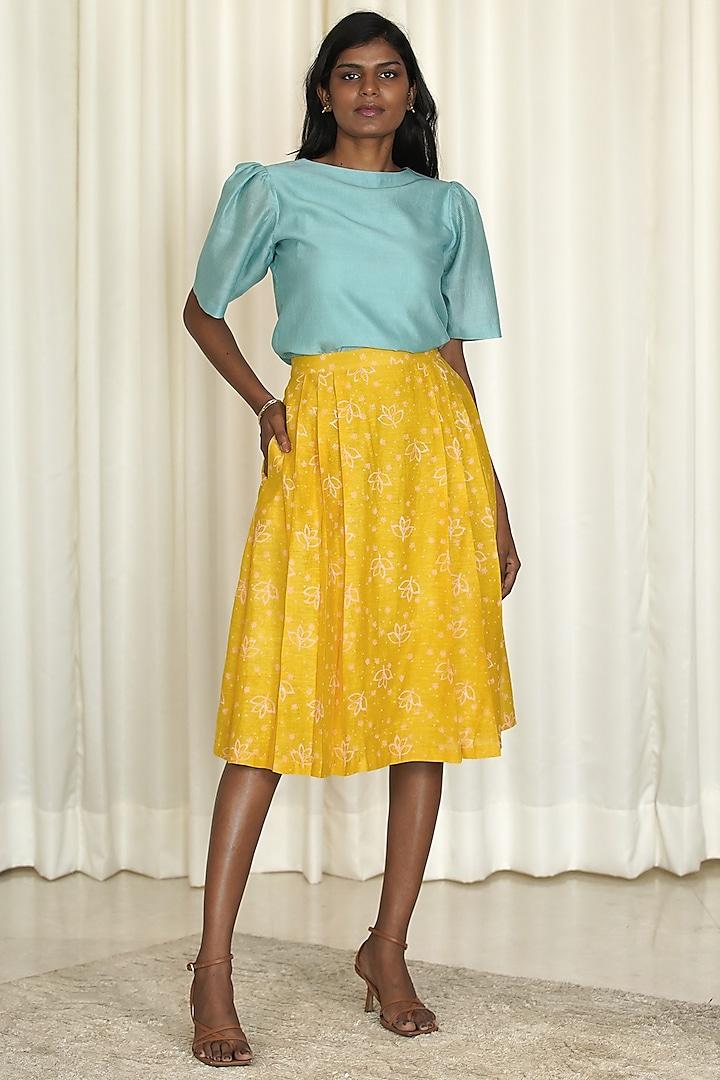 Yellow & Blue Printed Skirt Set by Shiori