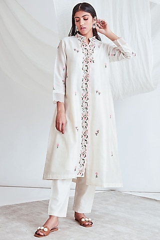 Ivory Embroidered Kurta With Slip & Pants by Sitaraa