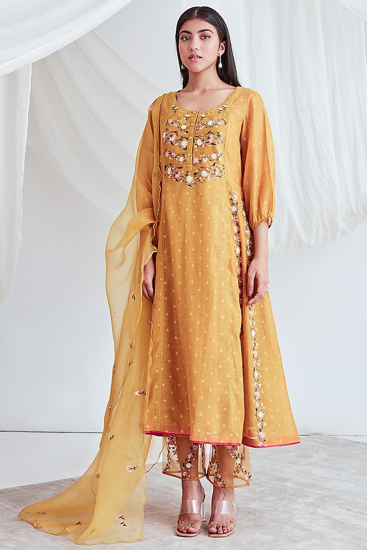 Mustard Embroidered Kurta Set by Sitaraa