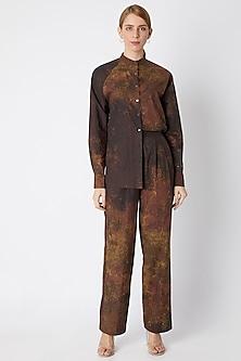 Brown Printed Shirt With  Chinese Collar by Saaksha & Kinni