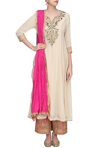 Beige Floral Embroidered Kalidaar Kurta Set with Pink Dupatta by Seema Khan