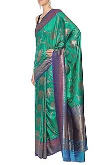 Emerald Green Handwoven Banarsi Saree Set by Shivangi Kasliwaal