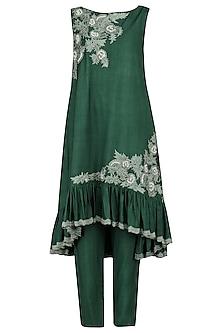 Emerald Embroidered Kurta with Pants by Sakshi K Relan